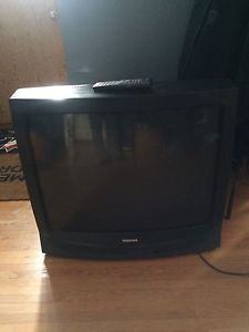 "37"" toshiba tube tv and remote"