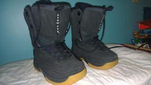 Airwalk Snowboard Boots Size US 5