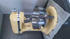 Brand New KitchenAid Professional 550 Plus Stand Mixer -