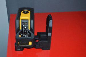 Dewalt 360 Self-Leveling Cross Line and Plumb Spots Laser