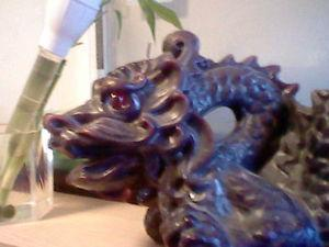 hand carved chinese dragon candle -will trade for aquarium