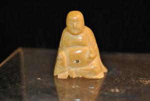 BEAUTIFUL ANTIQUE CHINESE HAND CARVED MINIATURE STATUE