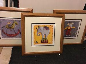 Childrens circus pictures and lamp