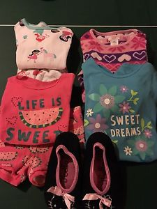 Girls size 5 PJ lot with slippers