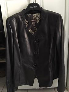 Ladies leather jacket size XL
