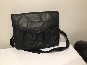 Like NEW Matt & Nat Laptop Bag