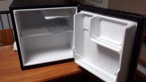 Mini fridge in great shape