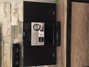 Sony iPod dock station/cd player