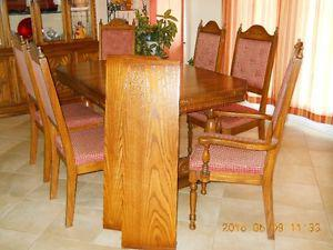 moving would like to sell large dining set
