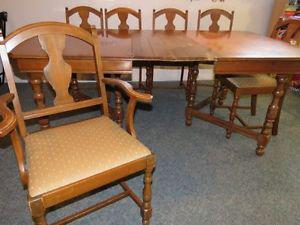 Antique dining table with chairs YORKTON
