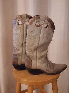 Boulet boots size 9