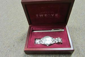 great gift watch unused and pen in box