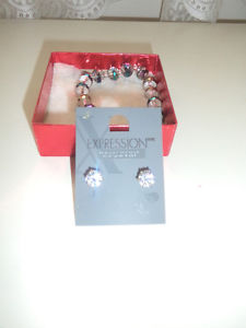 ladies fashion jewelery most never worn.. assorted prices