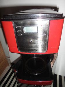 sunbeam coffee maker-no pot -sorry and 36pks of ground