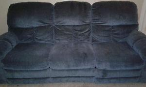 Couch for sale in perfect clean condition!