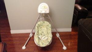 Fisher price cradle /n swing