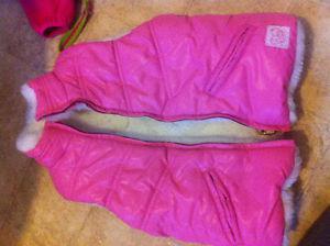 Pink vest size 4T