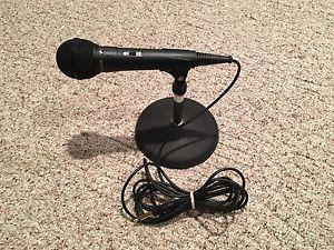 Dynamic Microphone and Desk Stand