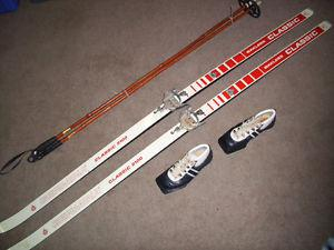 Full Set of Cross Country Ski Equipment with Waxless Skis