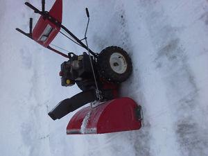 MASTERCRAFT 10HP 28 SNOWBLOWER