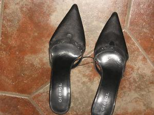 WOMENS SHOES Size 10 NEW