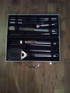 9 Piece Stainless Steel BBQ ToolSet