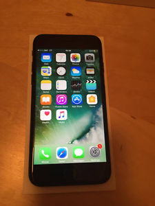 BRAND NEW iPHONE 7 BLACK, 32GB, LOCKED WITH BELL