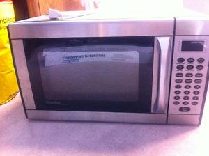 Danby Stainless Steel Microwave oven