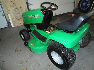 John Deere lawn tractor hydrostatic automatic