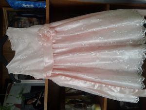 Size 6 Peach/light pink flower girl dress