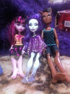 three monster high dolls for $5