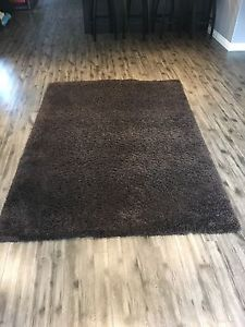 Brown Shag rug excellent condition $60