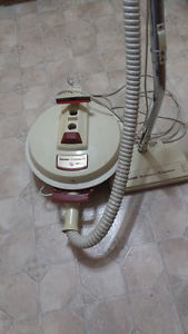 Hoover vacuum cleaner and power nozzle very good suction