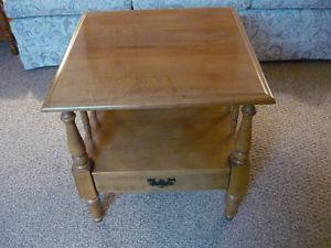 Roxton small Table with pull out Drawer (Maplewood)