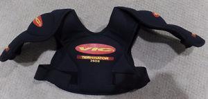Vic Terminator 250M Shoulder Hockey Pads – Black