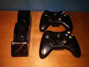 Xbox 360 Controllers With Chargee