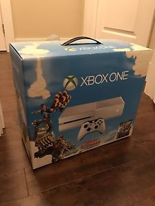 Xbox One Special Edition Bundle - Mint Condition w/ Games!