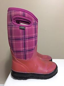 Bogs girls size 12 winter boots