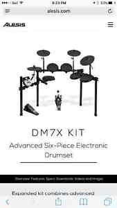 FS Alesis DM7X Elertric drum set