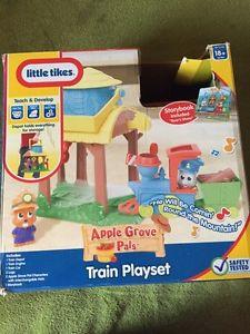 Train play set!