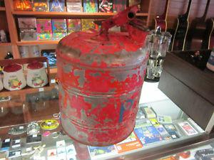 Vintage Metal jerry Can Made In USA For Sale