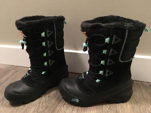 Winter Boots Girls Size 4, North Face