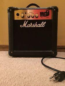 Marshall Mg10 Amp