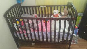 BABY CRIB FOR SALE!!