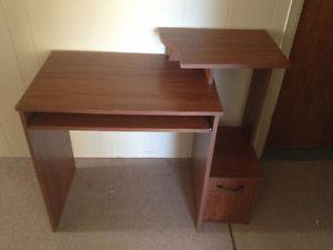 Desk - excellent condition - $75.
