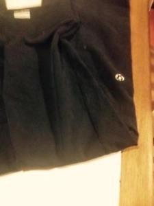 Lulu Lemon Women Size 4 pants - excellent condition