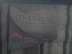 Optimum sealy posturpedic Queen mattress
