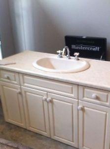 53 inch white vanity with matching mirror