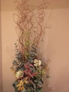 BEAUTIFUL FLOWER ARRANGEMENT WITH VASE $40