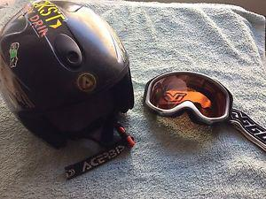 Kids ski helmet and goggles
